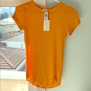 Wilfred tight-fitting t-shirt.